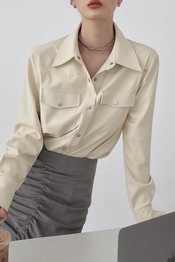 피엘 페이크 램스킨 소프트 더블 포켓 루즈핏 레더 셔츠 (블랙,화이트)
